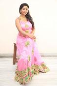 aishwarya addala new glam pics-thumbnail-7