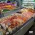 【遊食來】沖繩南部超讚魚市場 銅板價生熟食海鮮吃不完