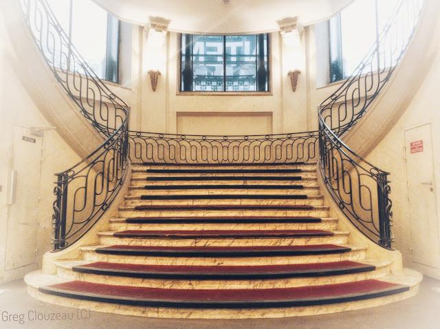 Les anciens escaliers des rotondes du Printemps ne servent plus aujourd'hui à la circulation.