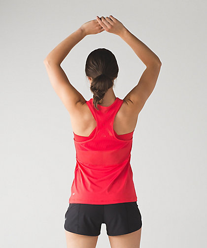 lululemon fast-as-light-2-in-1 tank true-red