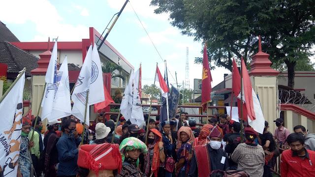 AMMA Desak Polda  Ambil Alih Kasus Tersangka Humas TPL Pelaku Penganiayaan Masyarakat Adat