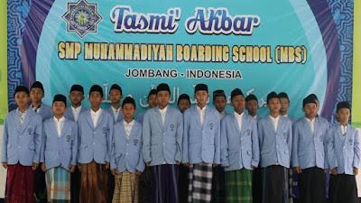 SMP MBS Jombang Gelar Tasmi' Akbar