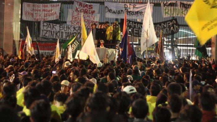 Tidak Ada Sanksi Yang Diberikan Pada Rektor PTN Dari Demonstrasi Mahasiswa