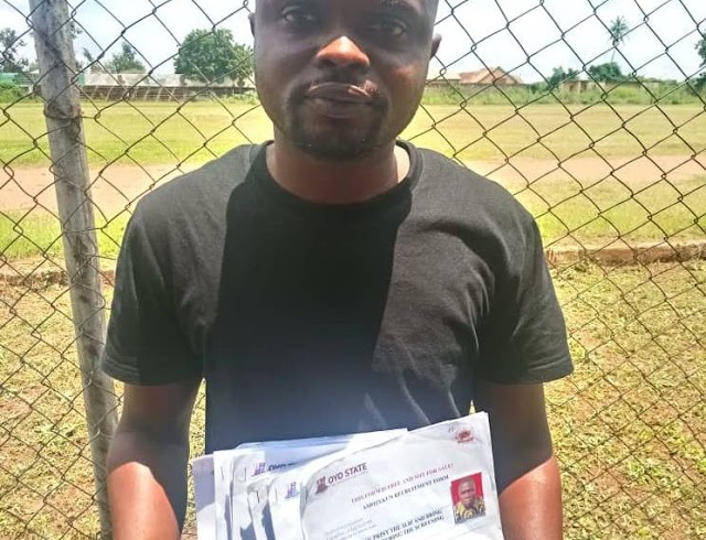 Owner Of Cyber Cafe arrested with 11 fake Amotekun recruitment forms in Oyo