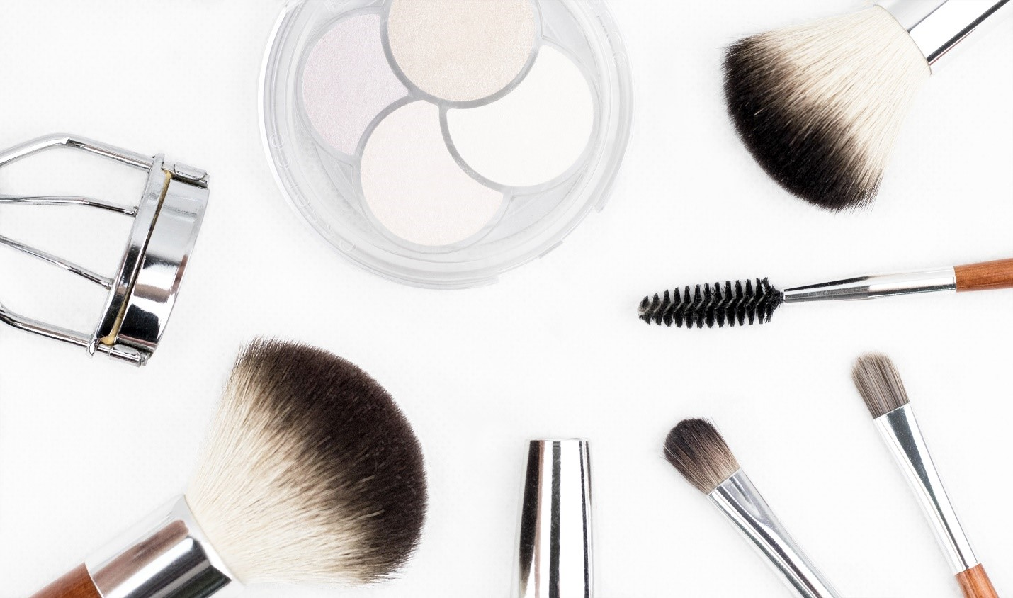 Beauty on a Budget: 5 Tips for When Money Is Tight