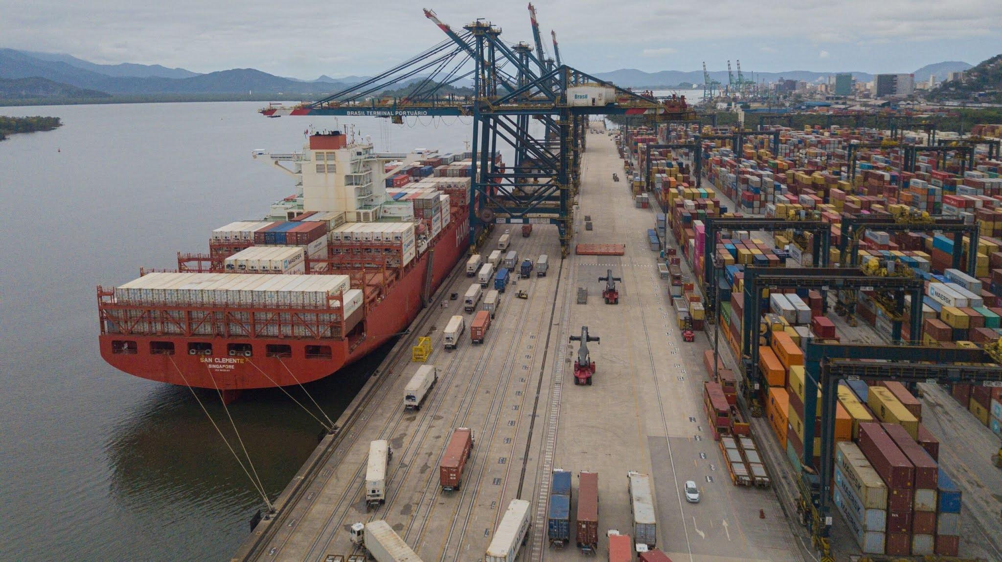 Exportações brasileiras já sentem a escassez global de contêineres