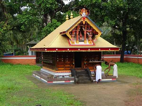 Adi Muchilottu Bhagavathi Kshetram