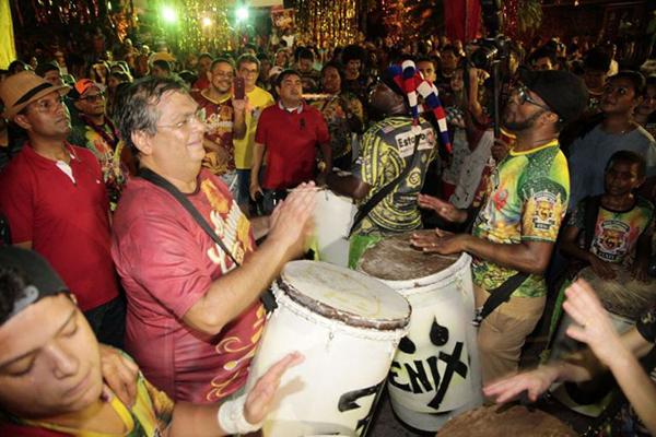 Resultado de imagem para flávio dino carnaval 2018