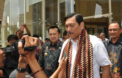 Menko Kemaritiman Sesalkan Kondisi Teluk Lampung Dipenuhi Sampah