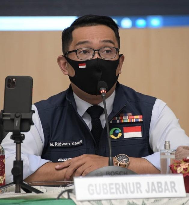 Ridwan Kamil Terima Penghargaan Kepala Daerah Inovatif 2020 Kategori Kesehatan