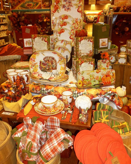 this is a beautiful collection of autumn dishes - Is Wegmans Open On Christmas