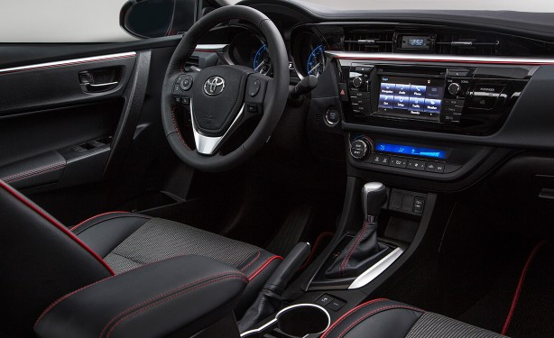 Mobil Sedan Toyota Avalon 2019 Interior
