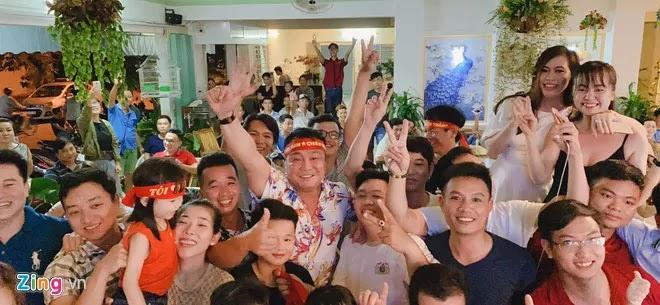 Khán giả vỡ òa trước chiến thắng của thầy trò HLV Park Hang-seo