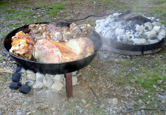 'Such' (Sač) - Traditional method for outdoor cooking