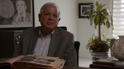 Tomás Regalado, ex-prefeito de Miami, foi uma das crianças cubanas enviadas aos EUA (foto:Grifa Filmes)