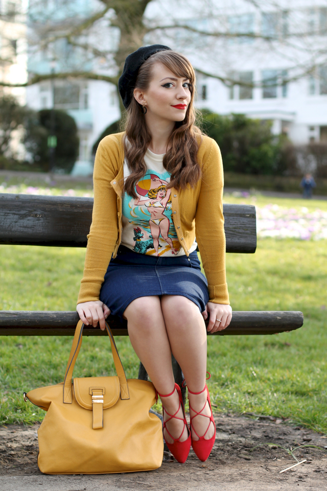 Autumnal look with Atomic Swag tee, mustard cardigan and denim pencil skirt