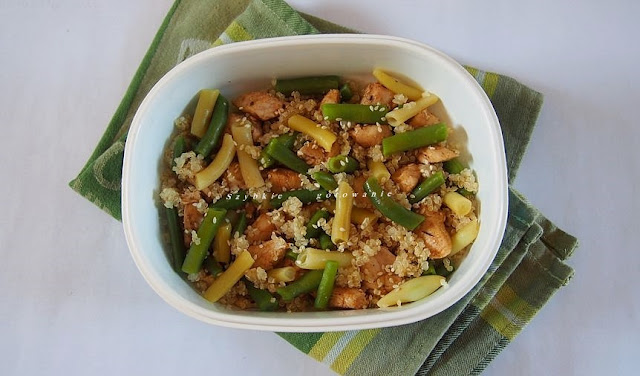 Komosa ryzowa z poledwiczką i fasolką (idealna do lunchboxa)