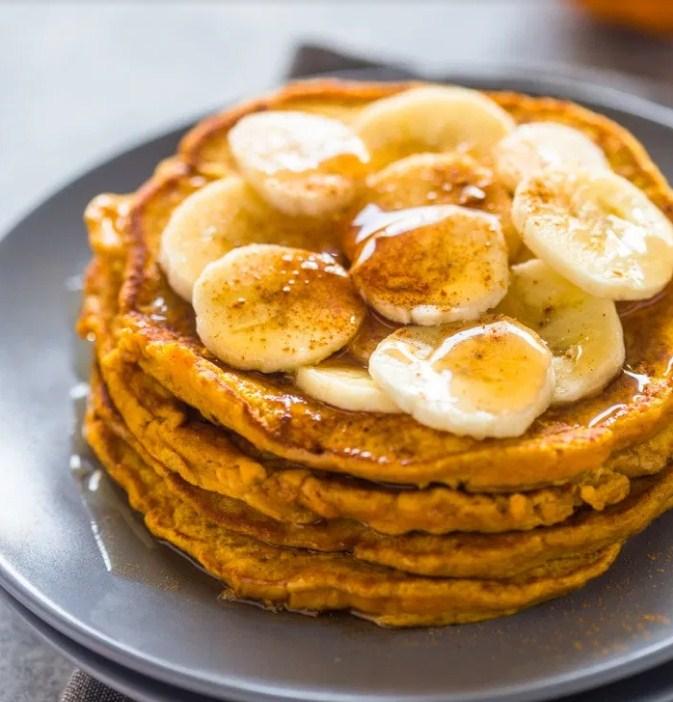 Recipe: Easy Pumpkin Banana Pancakes (Paleo)