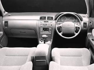 Interior Nissan Cefiro