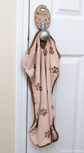 Luv & Emma's Dry Pets hanging microfiber towel for baths and travel