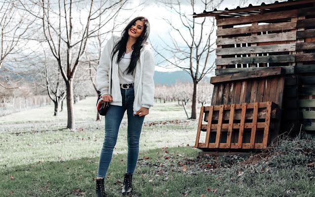 Moje pierwsze spodnie Tommy Hilfiger - stylizacja  - Czytaj więcej »