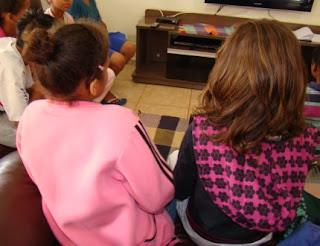 http://www.vaquinhasocial.com.br/projetos-fresquinhos/os-pequenos-da-casa-da-crianca-peniel-contam-com-voce/90/