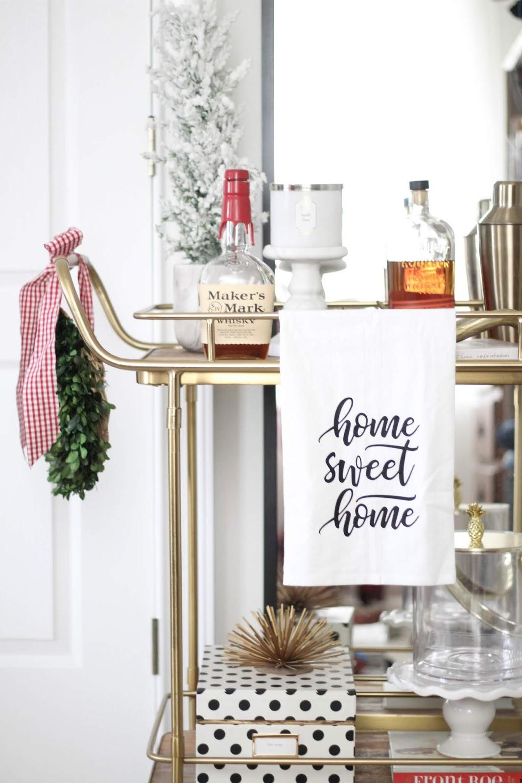 CHRISTMAS BEDROOM DECOR | A Classy Fashionista || Style ...