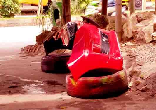 Hasil Pengecatan ku Bemper Mobil Honda Jazz RS Merah https://nungtung.blogspot.com