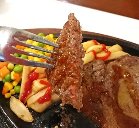 リブステーキの写真