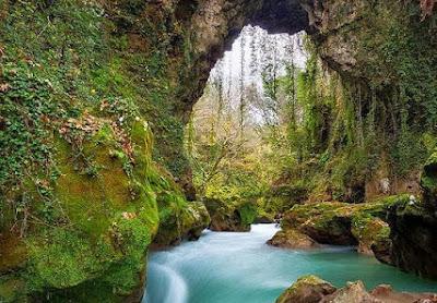 """Θεογέφυρο: Το """"θαύμα"""" του ποταμού Καλαμά!"""