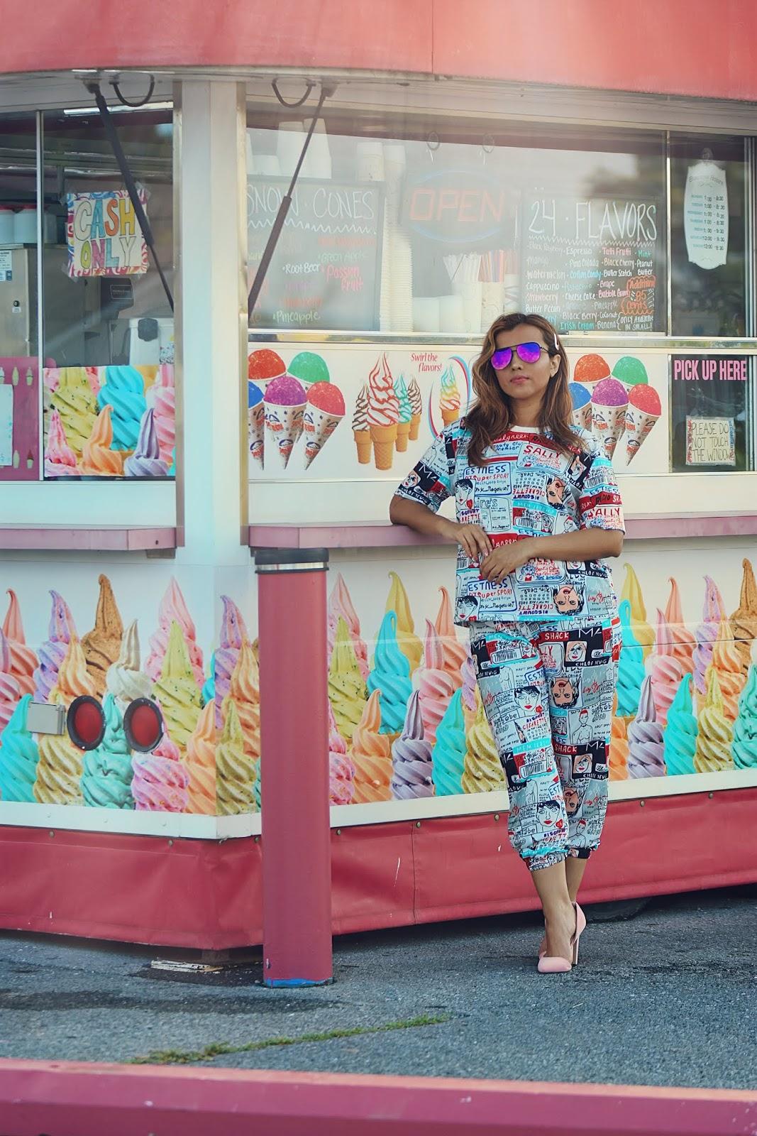 Comic Print Tee - Drawstring Waist Pants-mariestilo-shein-sheingals-fashionblogger-dcblogger-marisolflamenco-virginia is for lovers-fashionista-street wear-armandhugon-modaelsalvador-viajeros por el mundo-