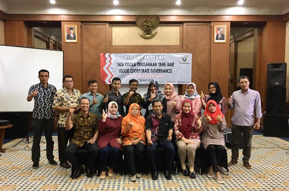Kegiatan bintek GCG BUMD Rembang dengan BPKP Jateng dan Bagian Perekonomian Setda Rembang.