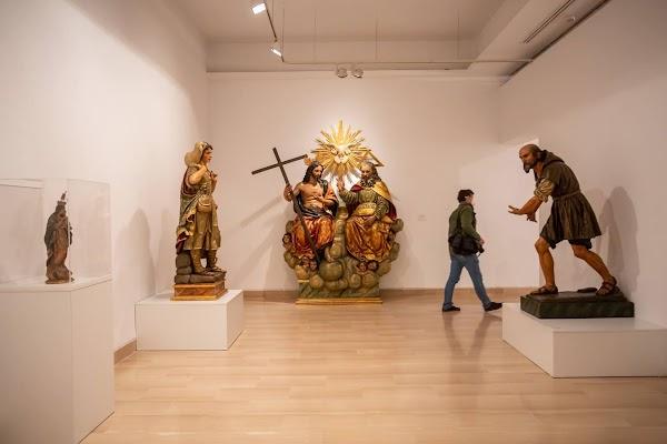 El genio de Sebastián Santos, en una exposición monográfica en la Casa de la Provincia de Sevilla