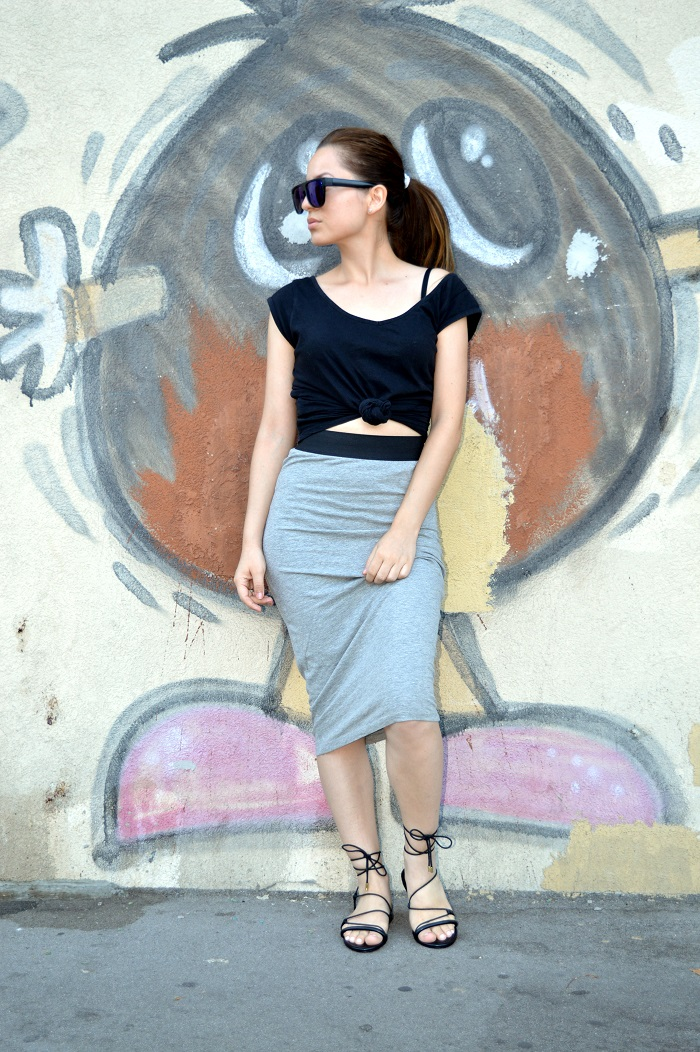 outfit, grey pencil skirt, black t-shirt, black lace up sandals flats, lindex sunglasses