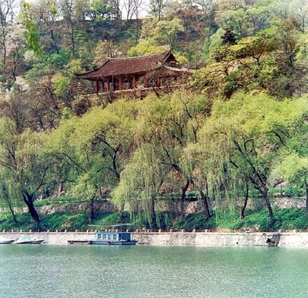 >Pubyok Pavilion in Olden Times