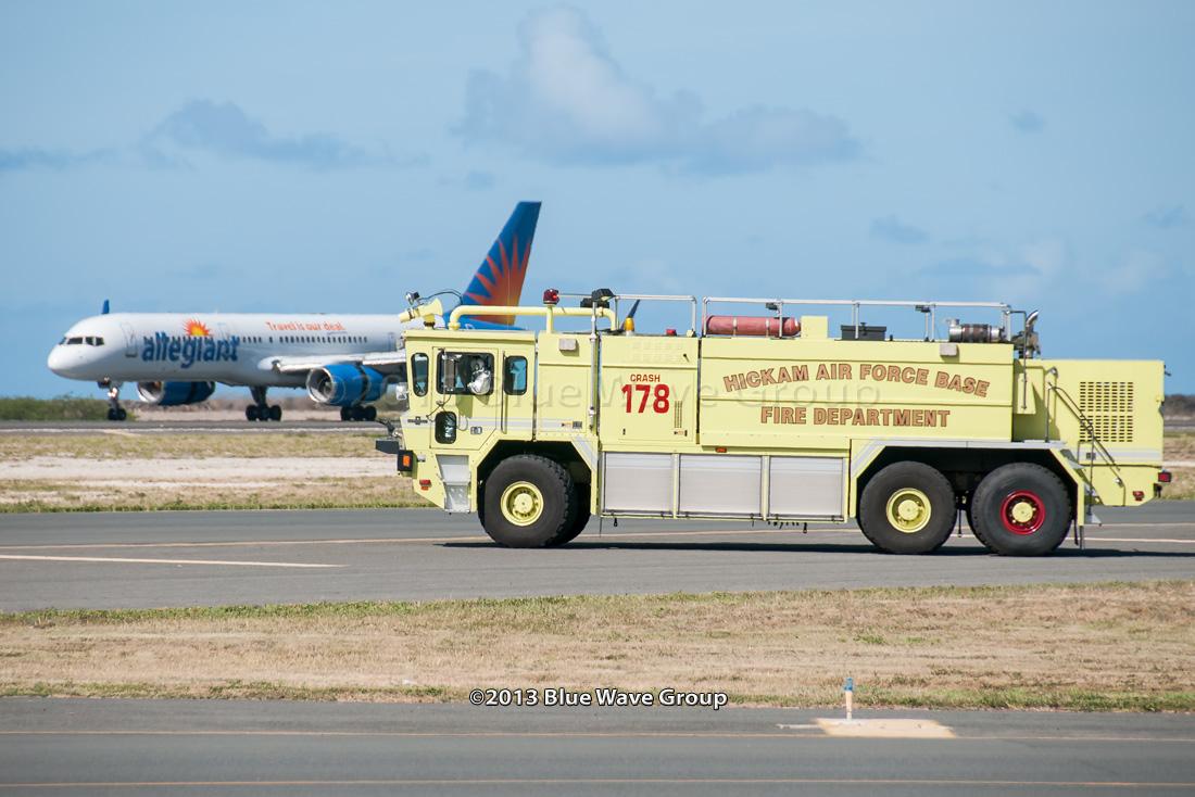 Hnl Rarebirds Allegiant Flight Emergency Return To Hnl