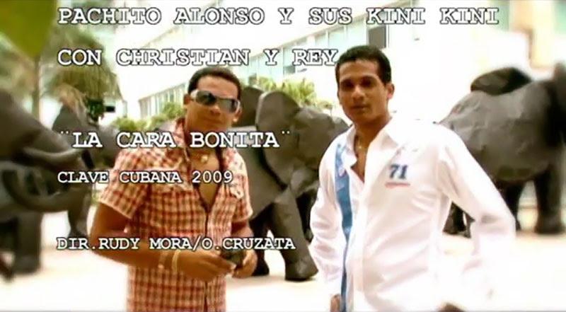 Pachito Alonso y sus Kini Kini - ¨La cara bonita¨ - Videoclip - Dirección: Rudy Mora - Orlando Cruzata. Portal Del Vídeo Clip Cubano - 01