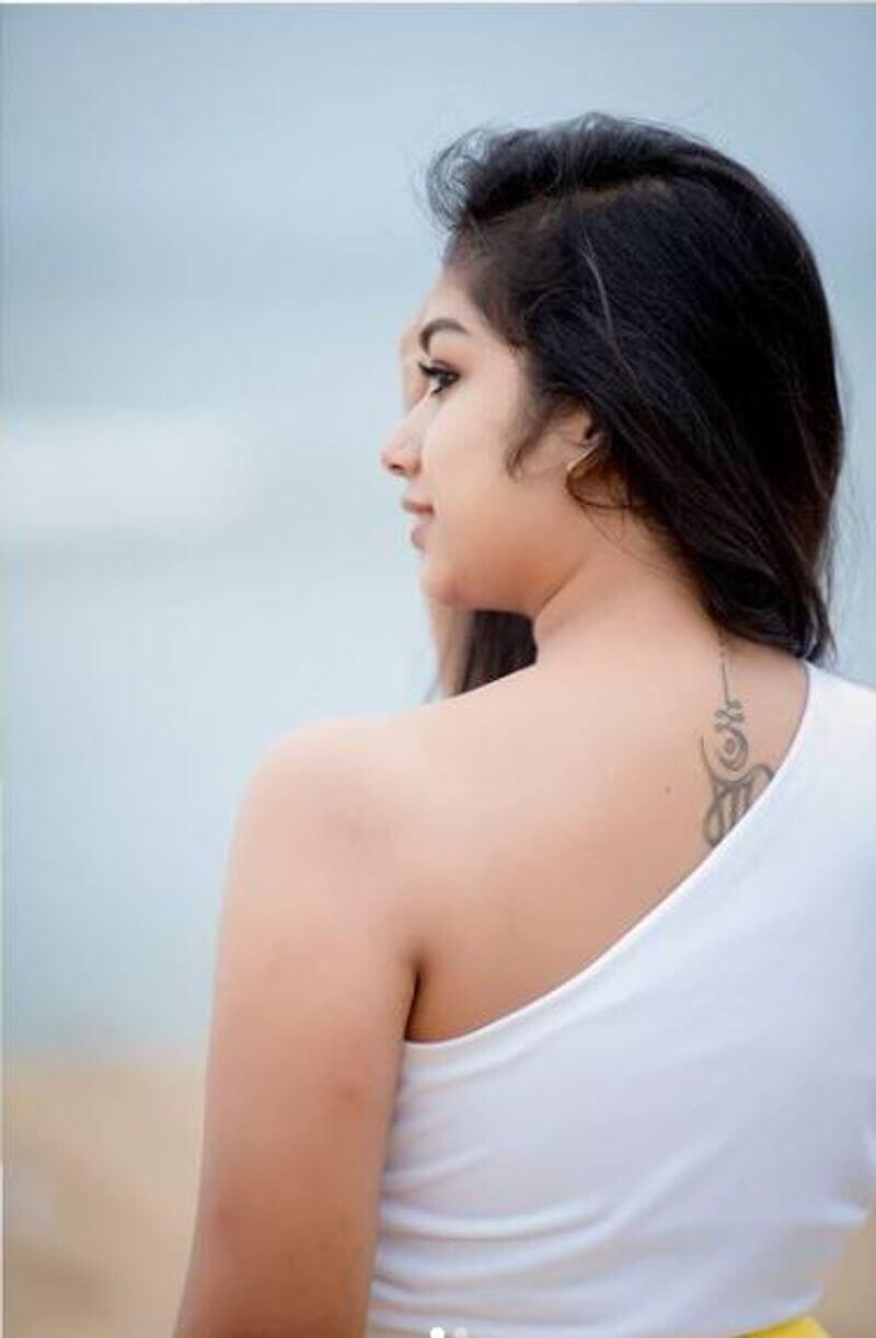 Chithi 2 Venba Hot Photos