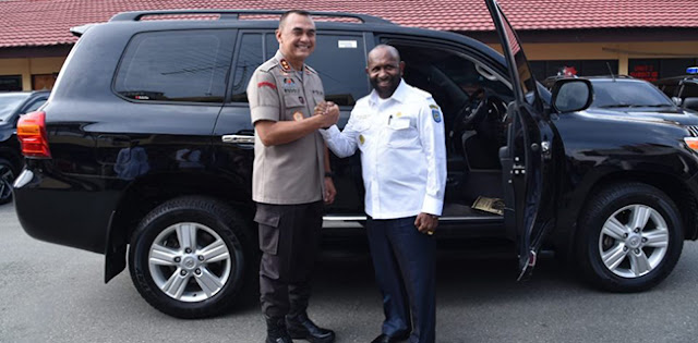 Luhut Tolak Lockdown Papua, Bupati Mamteng: Jangan Bicara Sembarangan di Jakarta Sana!