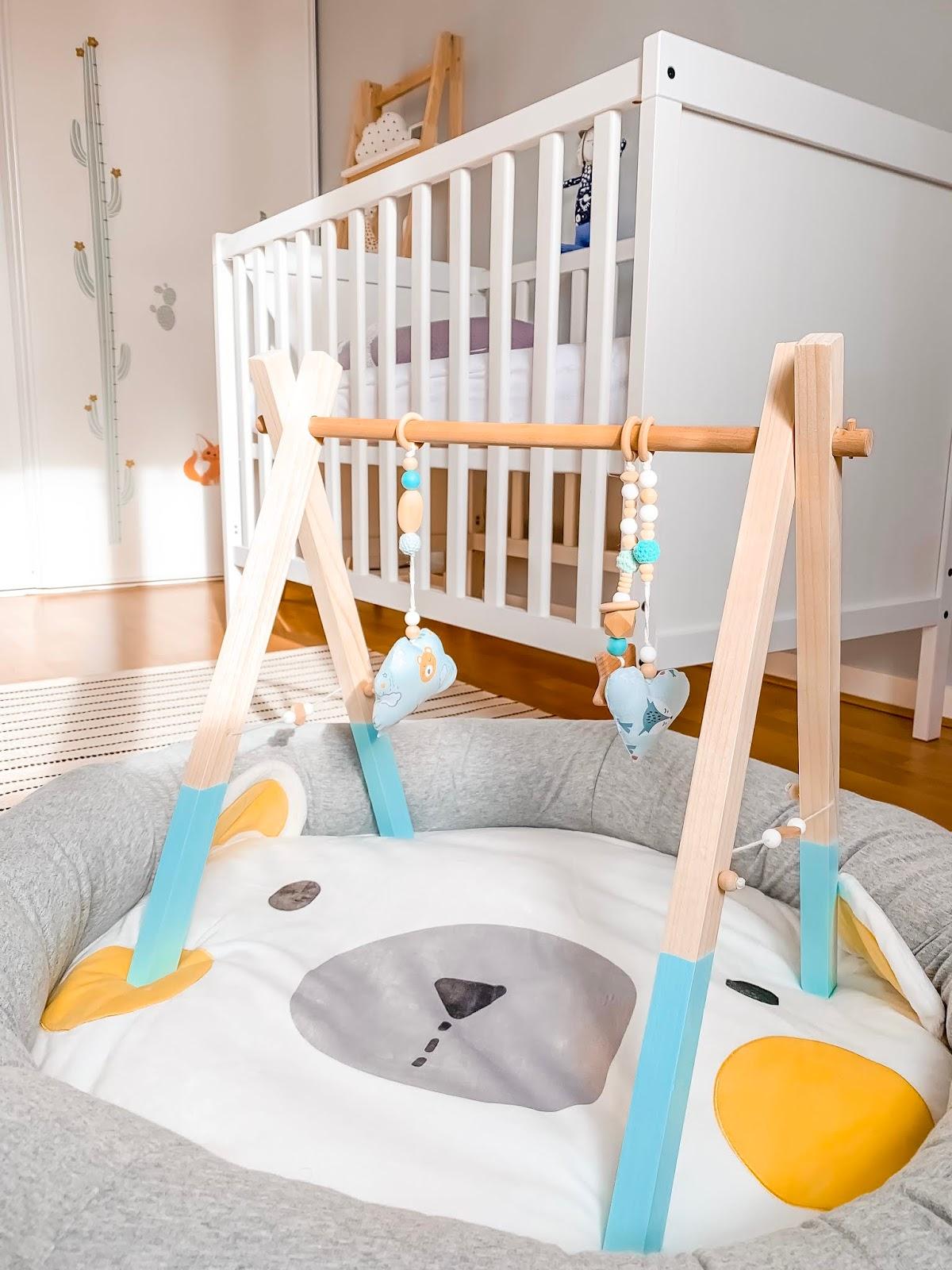 chambre bébé déco garcon nourisson décoration theme animaux renard de la foret mobilier accessoire