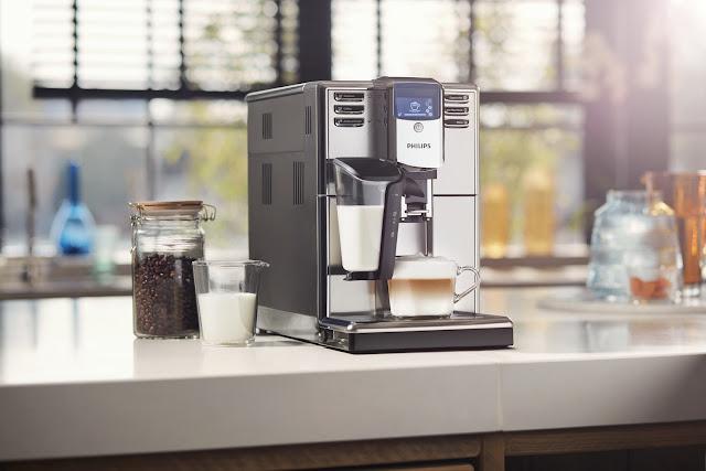 Open-Day-Philips-Já-é-Natal-armazem-de-ideias-ilimitada-máquina-café-lattego