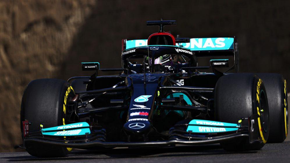 'Estamos apenas lentos' - Hamilton e Bottas 'coçando a cabeça' por causa do déficit de ritmo da Mercedes em Baku