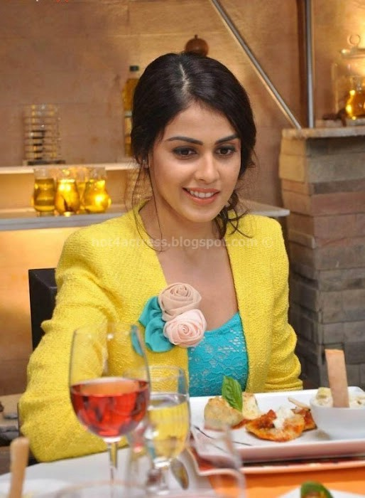 Genelia latest cute photos