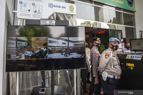 Habib Rizieq Protes di Sidang: Pelapornya Polisi, Saksi sama Ahlinya juga Polisi