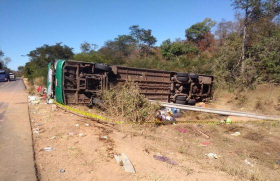 TRAGÉDIA: Acidente com ônibus que saiu de Sobral deixa 10 mortos e dezenas de feridos no Piauí