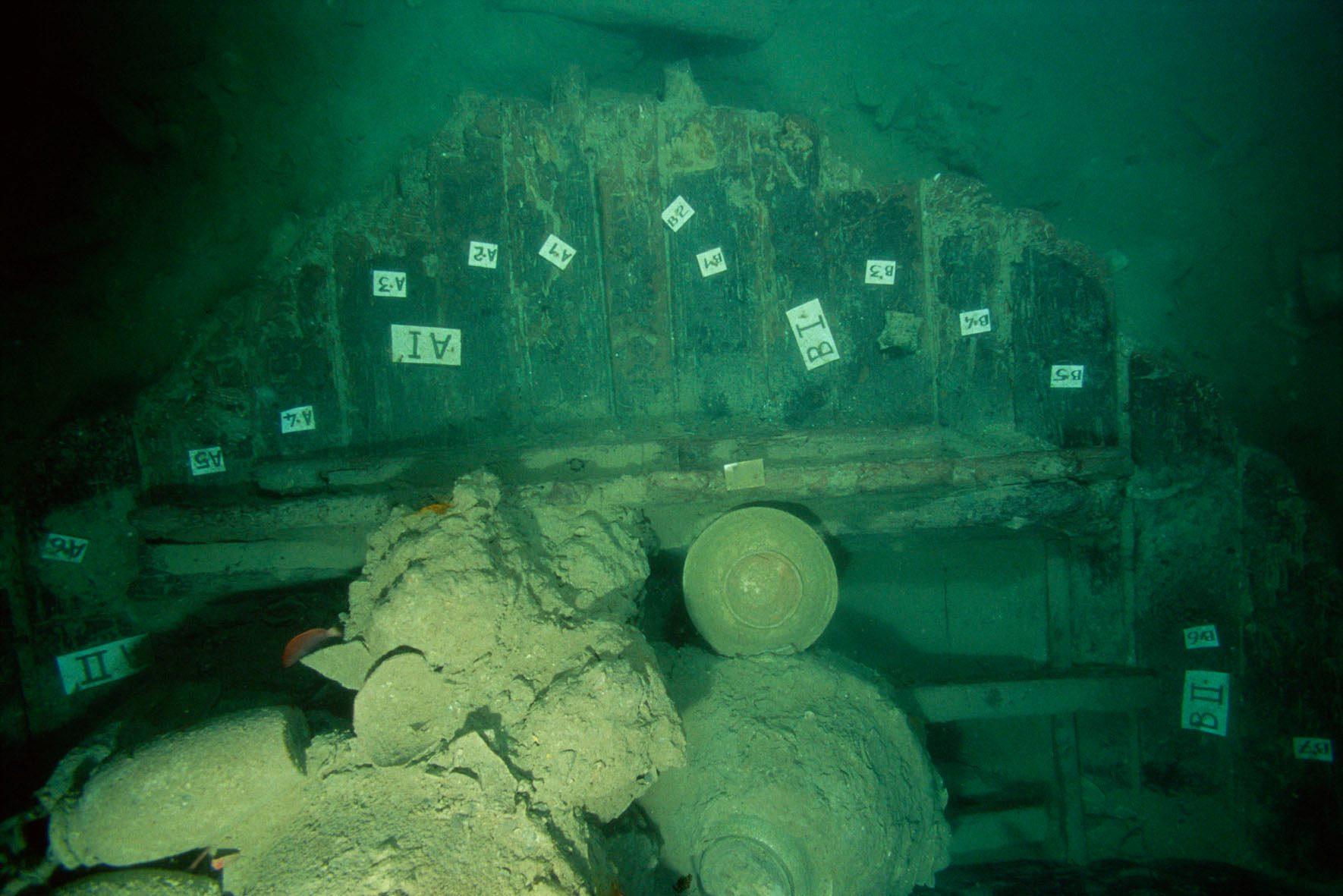 Santa Cruz shipwreck in Santa Cruz Municipality, Zambales Province