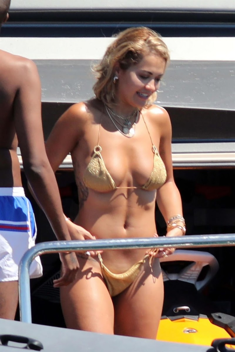 Rita Ora Clicked in Bikini at a Boat in Spain 6 Aug -2020