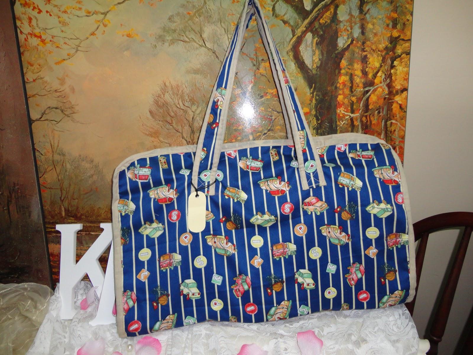 5aff7e4ee64a1 الوصف   حقيبة قماش الخامه   قماش قطن القياسات  الحقيبه  54 37 cm المفرش   77 49 cm اللون   منقوش النوع   حقيبةمواليد 6 قطع السعر   500 ريال سعودي