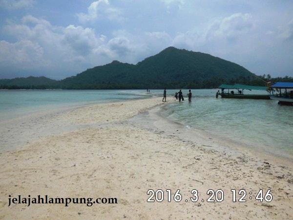 pasir putih pulau pahawang