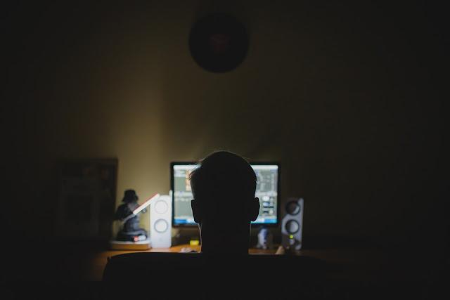 Blogger Jaman Now Bagaikan Bermuka Dua